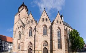 Kirchen & Religionen